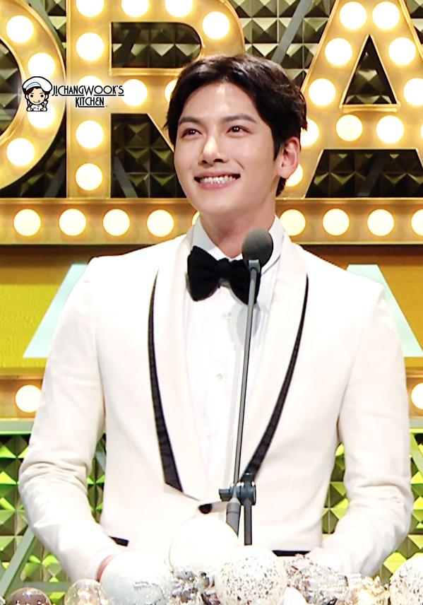 Eng Sub] 20141230 Ji Chang Wook at the 2014 MBC Drama Awards